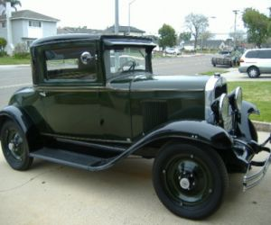 30 Chevrolet Business coupe front