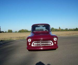 1955 Chevrolet Stepside front