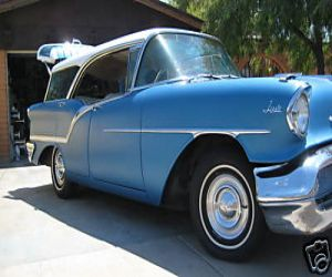 1957 Oldsmobile Station Wagon Fiesta right front