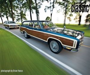 1969 Ford Country Squire Station wagon front