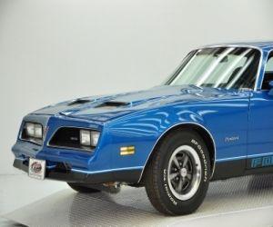 1978 Pontiac Formula front