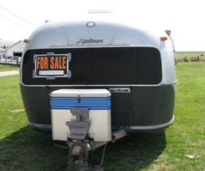 19857Airstream Soverign rear