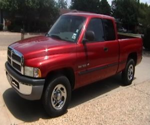 1999 Dodge Ram 1500 left front