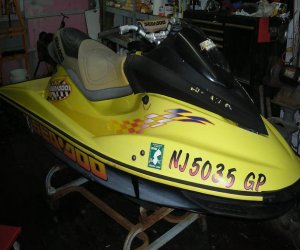Side View of  2001 Seadoo Rxx