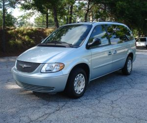 2002 Chrysler Town and Country left front