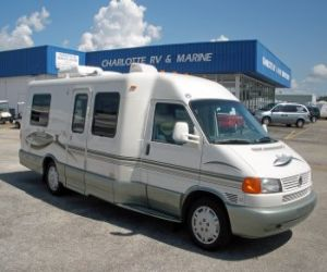 2002 Winnebago Rialta HD front profile