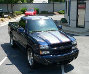 2004 Chevrolet Silverado front top