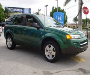 2004 Saturn Vue right front