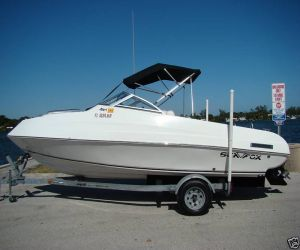 2004 Sea Fox 240 Cuddy Cruiser