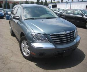 2005 CHRYSLER PACIFICA TOURING right front