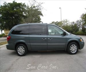 2005 chrysler town and country for sale review. Black Bedroom Furniture Sets. Home Design Ideas