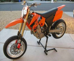2005 KTM 525 SMR side
