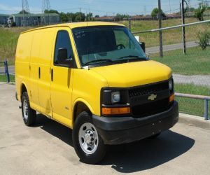 2007 Chevrolet Express right front