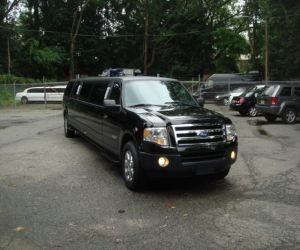 2007 Ford Expedition LIMOUSINE right front