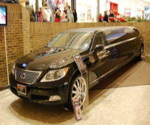 2008 Lexus  Limousine left front