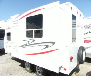 FUN FINDER 189FDS 19 FOOT ULTRA LIGHT TRAILER left rear