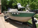 2000 Tracker Pro Angler right front