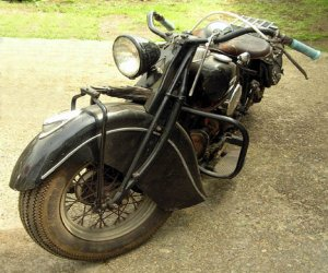 Image of a 1945 Indian Chief