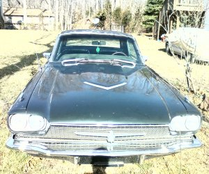 Image of a 1966 Ford Thunderbird