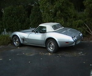 Image of a 1975 Chevrolet Corvette