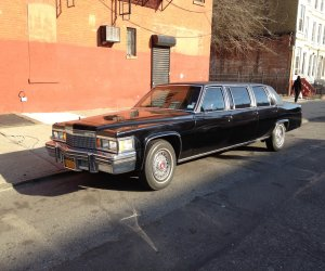 Image of a 1979 Cadillac DeVille Funeral