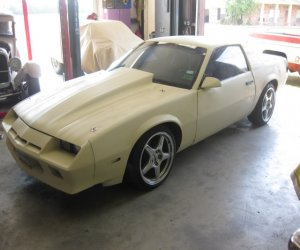 Image of a 1983 Chevrolet camaro
