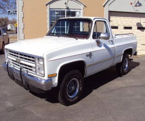 Image of a 1986 Chevrolet K10