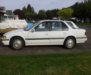 Image of a 1991 Honda accord