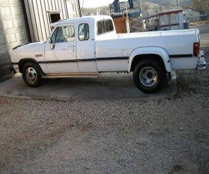Image of a 1992 Dodge D350