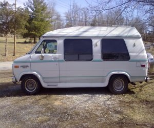 Image of a 1993 Chevrolet G20 Conversion Van