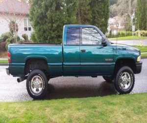 Image of a 1998 Dodge Ram 2500