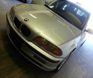 Image of a 1999 BMW 328i