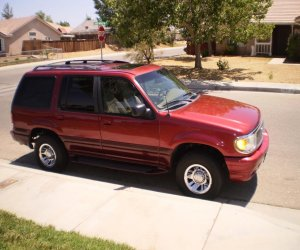 Image of a 1999 Mercury Mountaineer