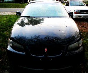 Image of a 1999 Pontiac GRAND PRIX