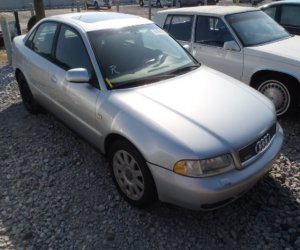 Image of a 2000 Audi 4 18