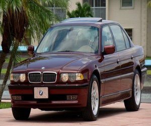 Image of a 2001 BMW 740IL