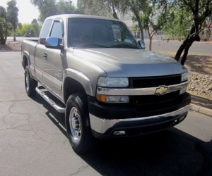 Image of a 2002 Chevrolet Silverado 2500