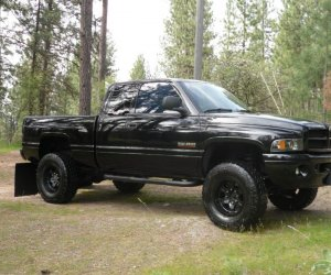 Image of a 2002 Dodge Ram 2500