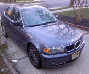 Image of a 2003 BMW 330i