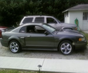 Image of a 2003 Ford Mustang GT