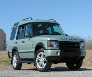 Image of a 2003 Land Rover Discovery AWD