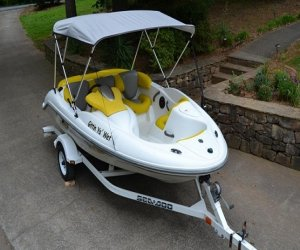 Image of a 2003 SeaDoo JET BOAT