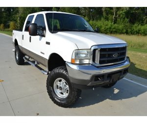 Image of a 2004 Ford F Series Crew Cab King Lariat FX4