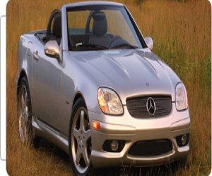 Image of a 2004 Mercedes Benz SLK320