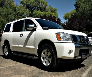 Image of a 2004 Nissan Armada