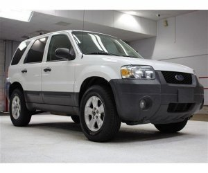 Image of a 2005 Ford Escape