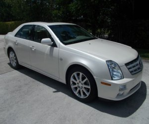 Image of a 2005 Cadillac STS