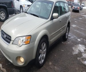 Image of a 2005 Subaru outback