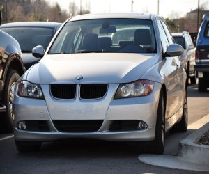 Image of a 2006 BMW 325i