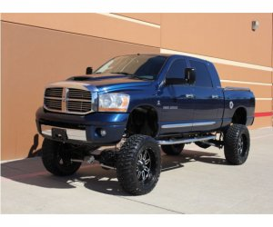 Image of a 2006 Dodge RAM 2500 MEGA CAB SHORT BED 4X4